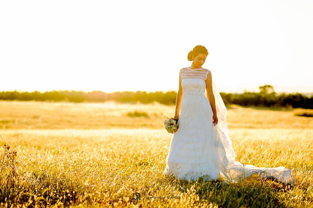 fotos de la novia de boda en Carmona Sevilla