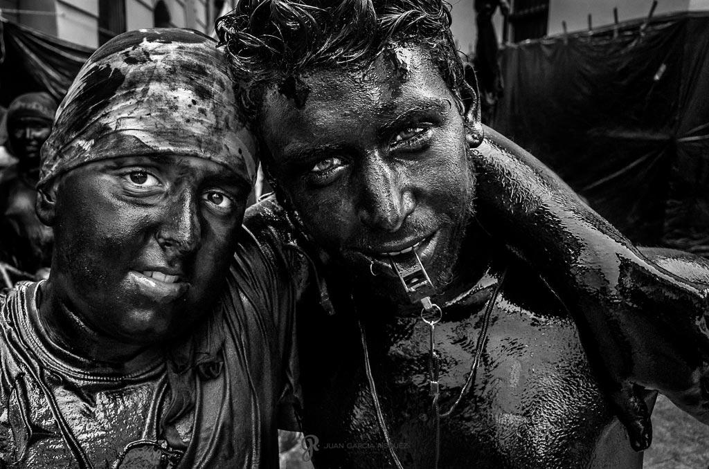 reportaje fotográfico niños en la fiesta de cascamorras de Baza