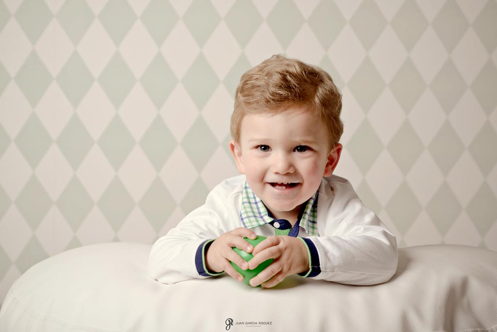 reportaje de fotos entrañables de niños en estudio