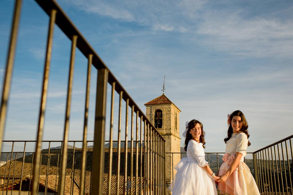 fotos de primera comunión en un castillo