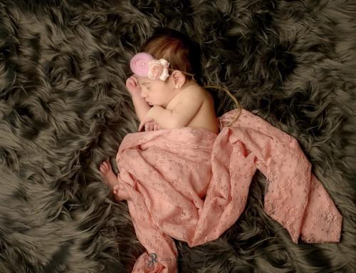 Fotos de niñas recién nacidas – Sara