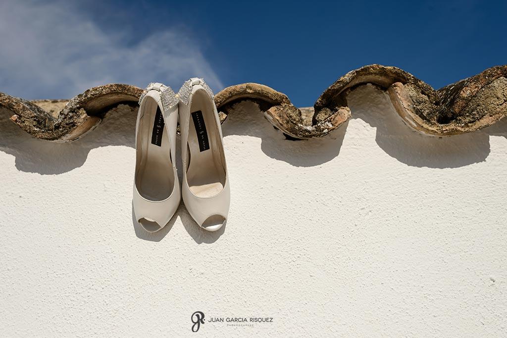 Foto original de los zapatos de novia