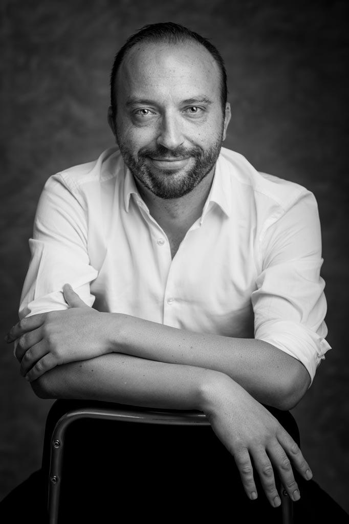 Fotografía de un escritor para su libro en Jaén