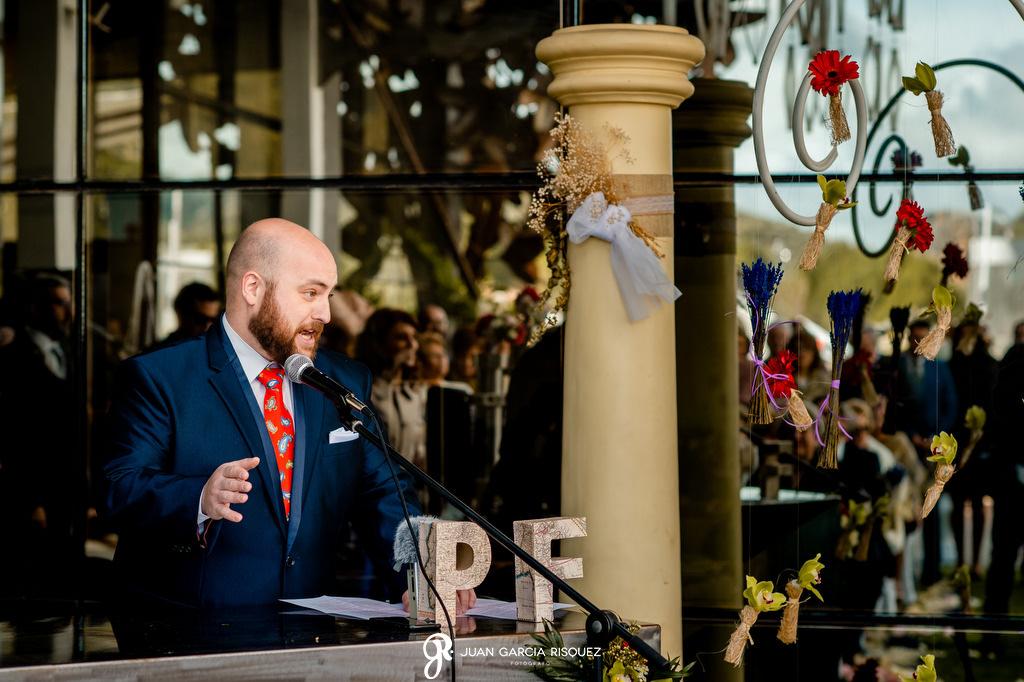 Discurso de un amigo en una boda civil