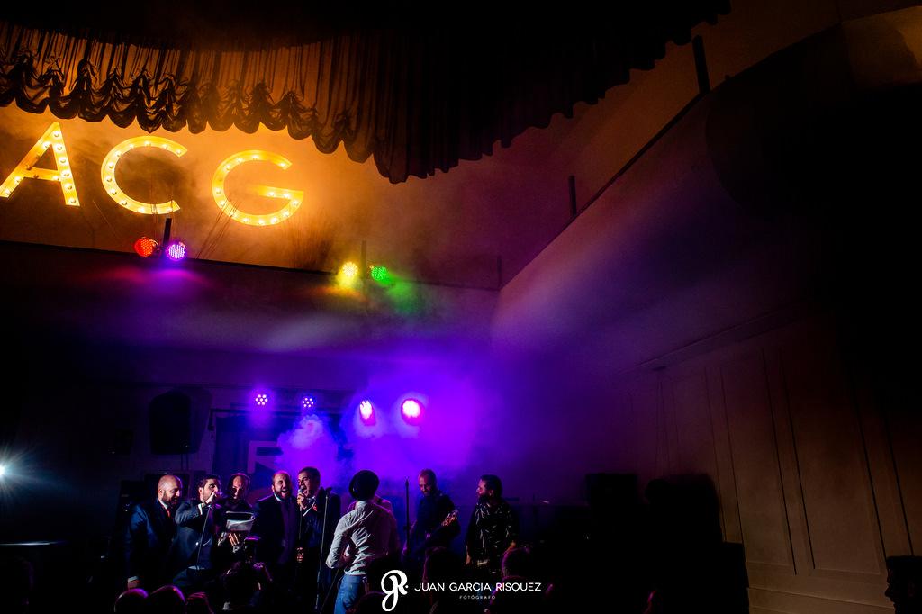 Grupo de música en una boda