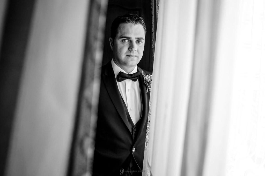 Reportaje de fotos de boda en Jaen Linares el novio