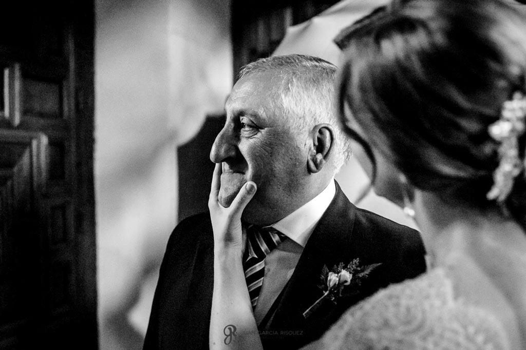 Reportaje de fotos de boda en Martos Jaen novia con padrino