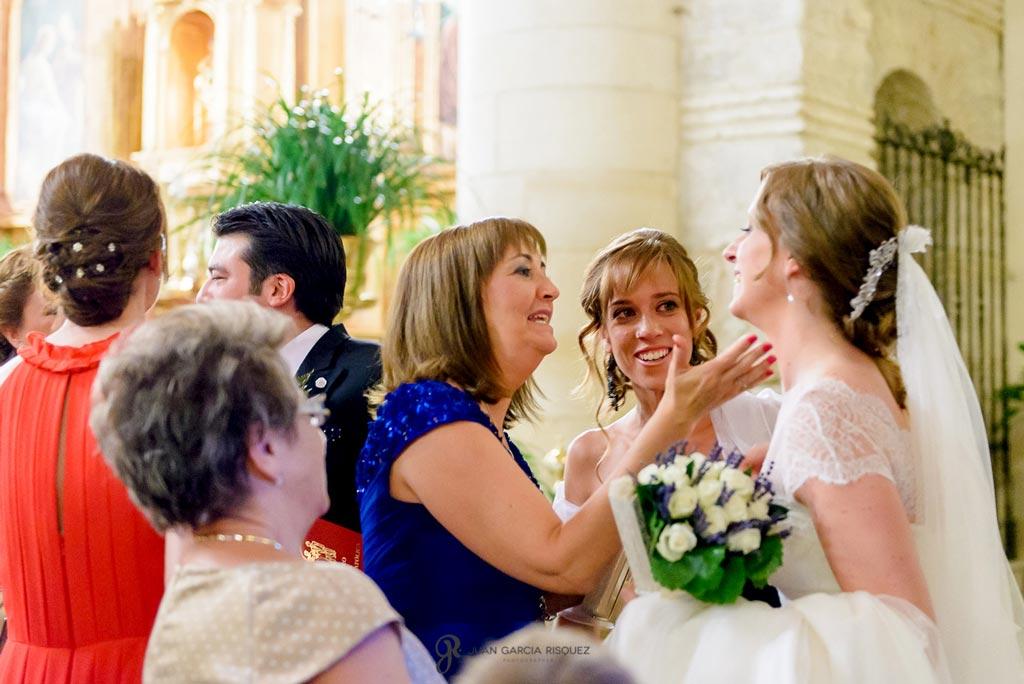 Reportaje de fotos de boda en Martos Jaen felicidad de novios