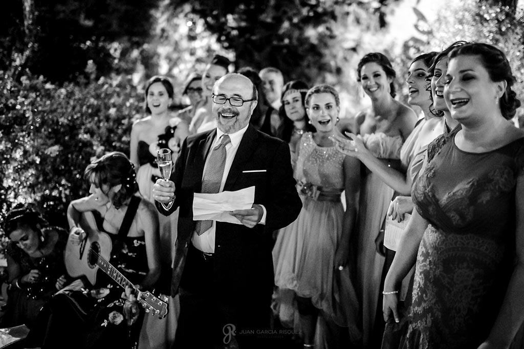 Reportaje de fotos de boda en Martos Jaen discurso de familiares