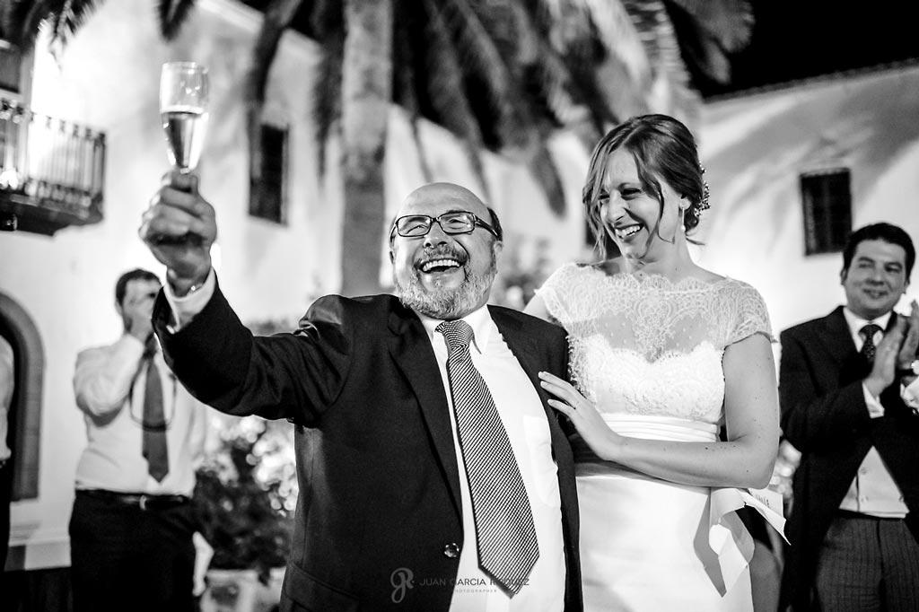 Reportaje de fotos de boda en Martos Jaen novia con familiares