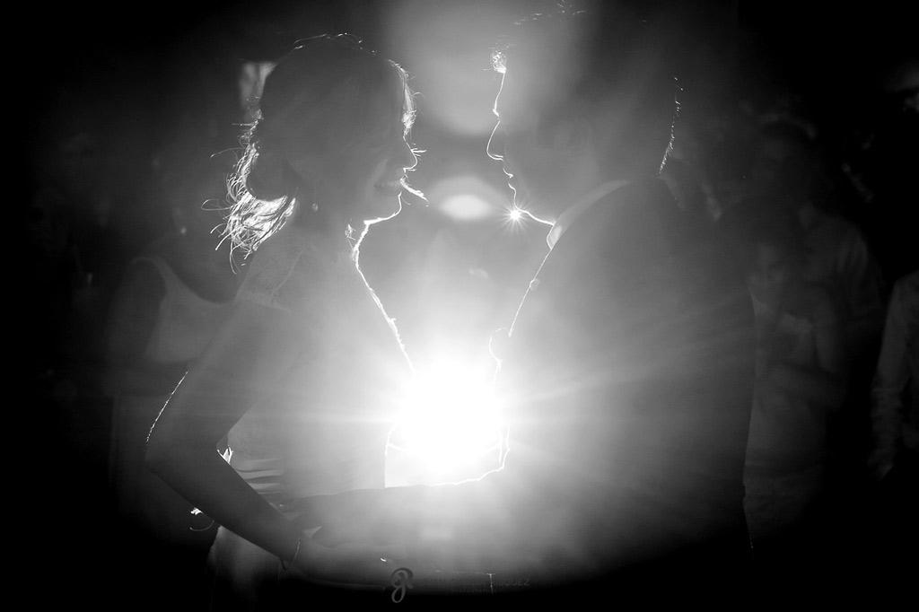 Reportaje de fotos de boda en Martos Jaen baile novios